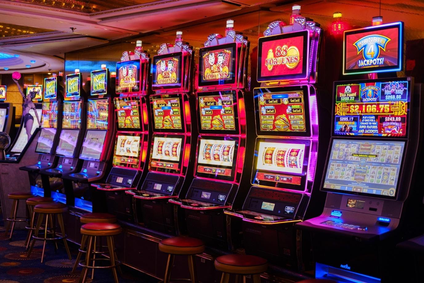 สล็อตออนไลน์ ขั้นพื้นฐาน แนะนำ สล็อตเกมส์ไหนดี ทำเงินได้เป็นกอบเป็นกำ